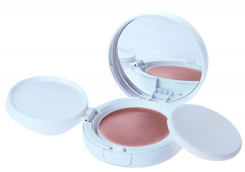 Fond de ten compact cu protectie solara FPS 30, medium beige - Eco Cosmetics