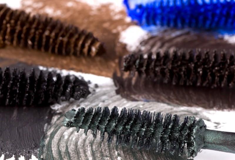 Rimel organic cu ulei de trandafiri Lapis (albastru) - ZUII Organic